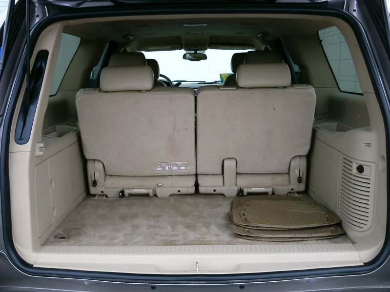 2011 Brown Chevrolet Suburban 1500 LT1